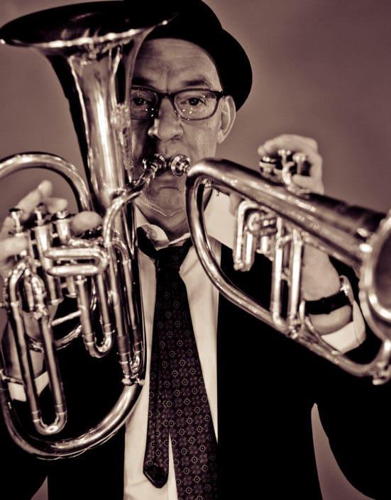 Portrait mit Trompete